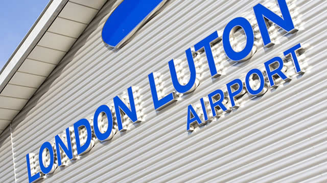 Luton-airport-london-taxi-service